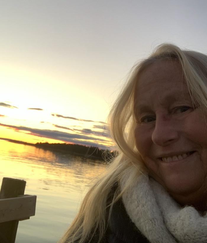 Norsk fantasy forfatter, R.R. Kile. Har gitt ut Science Fiction serien Liber MUndi