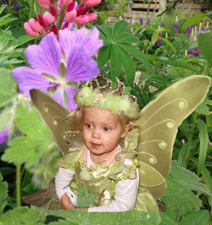 Vers, Poem,  Ordlek, Verselinjer, Versemål,  Lyrikk, blåveisdrøm, blomstrende gleder, berører hjerter blomstene, magiens mestere, Forfatter R.R. Kile